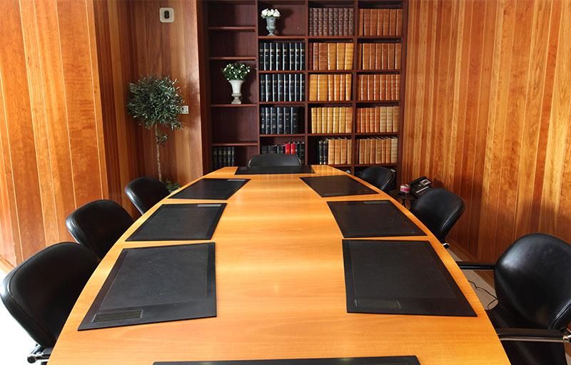 pr sentation efficia cabinet d 39 avocats la cour de rennes. Black Bedroom Furniture Sets. Home Design Ideas